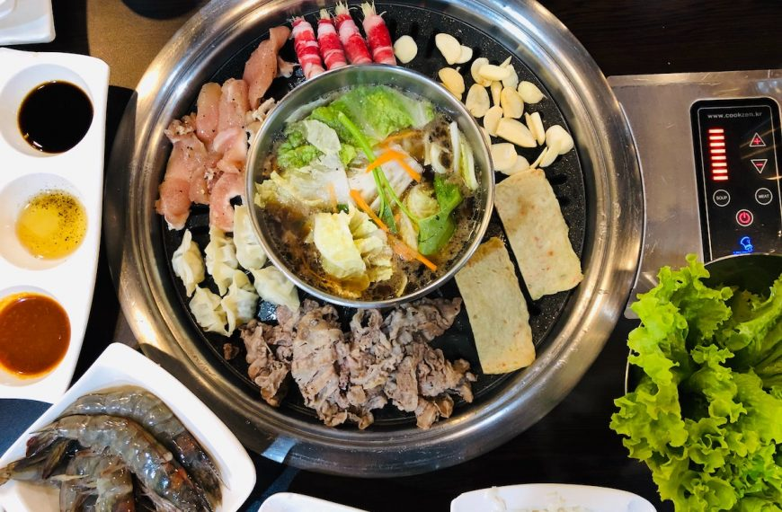 Hot Pot Craze: A Food Event that Feeds the Stomach and the Soul