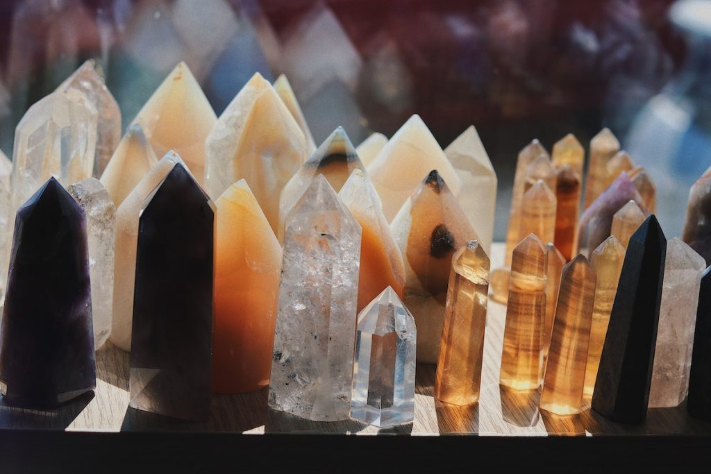 different kinds of crystals